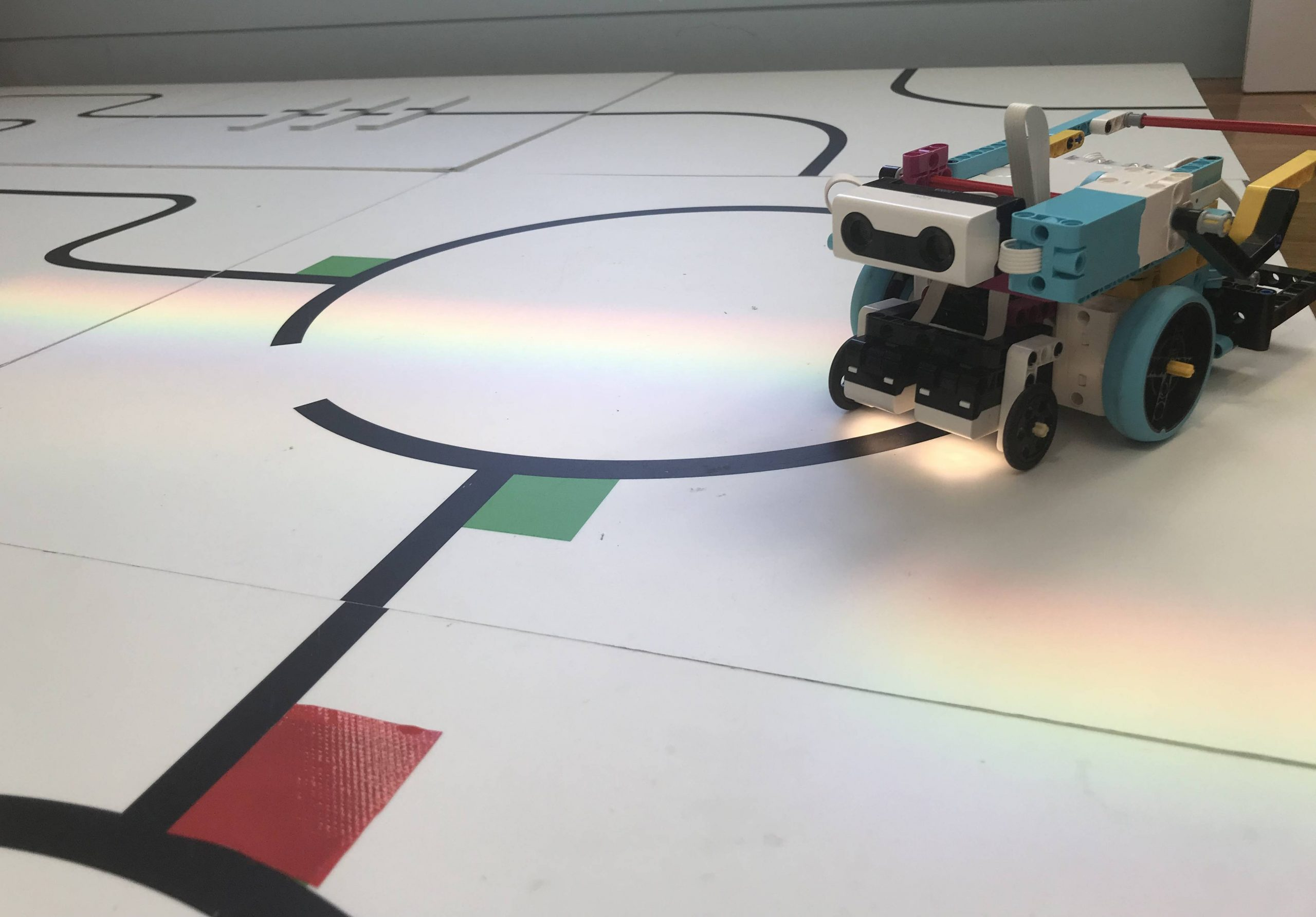 Spike Prime rescue robot